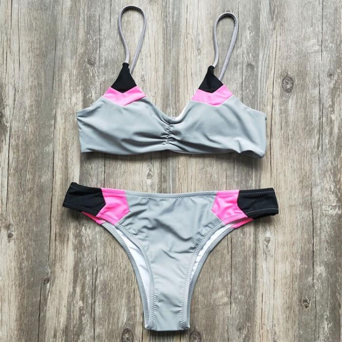 Sexy Women's Contrast Color Fold V-neck Bikini Summer Swimsuit