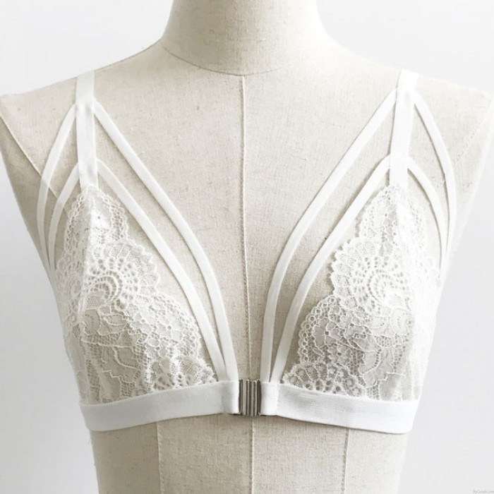 Sexy Lady's V-neck Lace See Through Front Fastenings Bra Temptation Bundling Backless Bikini Lingerie