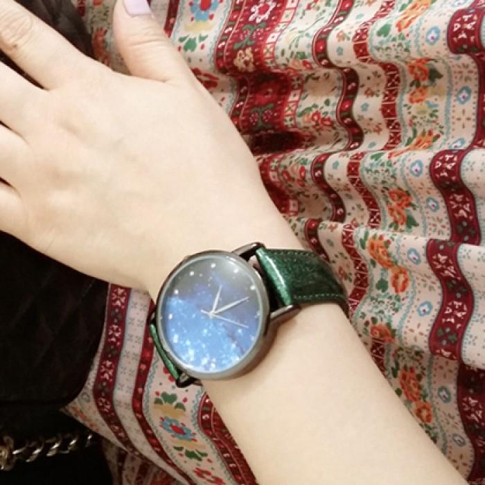 Fashion Galaxy Pattern Diamond Metal PU Watch