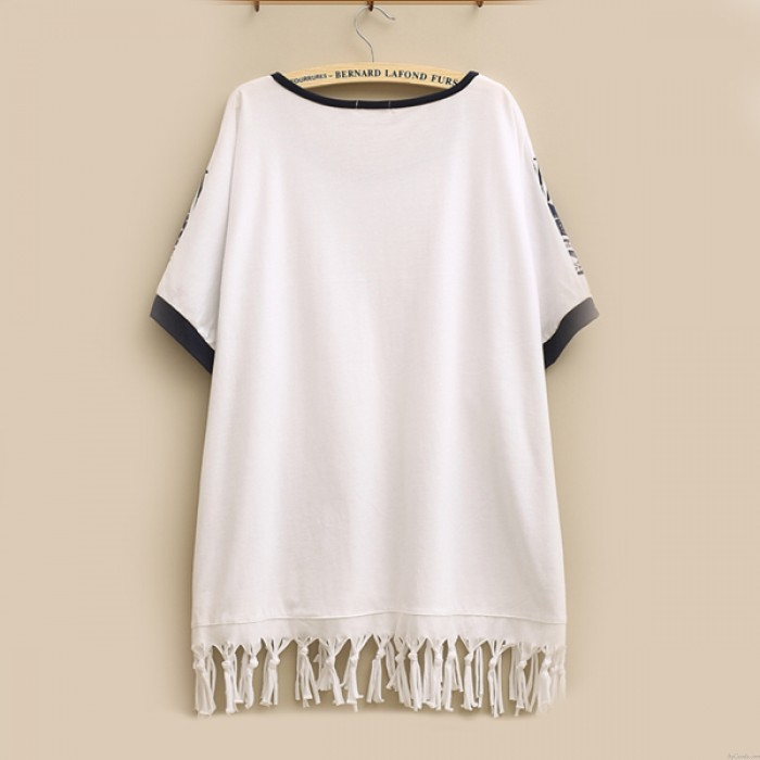 Fresh Cute Cartoon Giraffes Lace Pattern Tassel Hem Round-neck Loose T-shirt