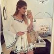 Rétro broderie Flare-shirt blanc col en V Robe courte jupe