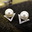 Perle Fashion Inlay V Forme Diamant Triangle Argent Femmes Boucles D'oreilles
