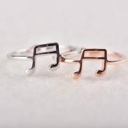 Anneau de note de musique réglable mignon pour les amateurs de musique cadeau clé de musique ouverte bague en argent pour femmes