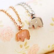 18K Or Plaqué l'éléphant Collier/ Anniversaire Cadeau