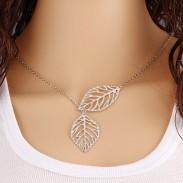 Frais creux Deux feuilles d'argent Anneau clavicule collier pendentif