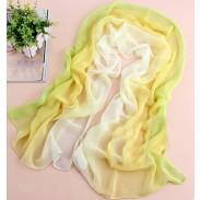 foulard infini dégradé de teintes jaunes vertes