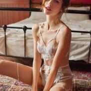 Sexy fleur dentelle jarretière sous-vêtements ouvert fronde Ensemble de soutien-gorge Dame Intime Lingerie