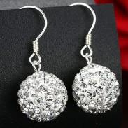 Boucles d'oreilles pendantes à la mode en argent avec perles de diamant blanches