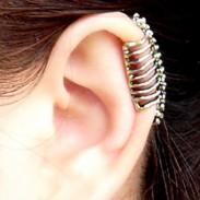 Punk Crâne colonne vertébrale Os de l'oreille clip