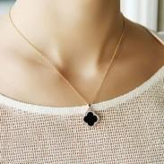 Trèfle Incruster diamant Coquille Noir Doré Pendentif Lady Collier Clavicule
