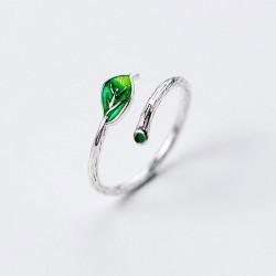 Bague en argent pour femme avec feuille verte fraîche et simple branche ouverte