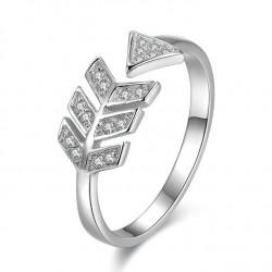 Bague en argent Sweet Love Arrow Bague en argent avec plume de diamant
