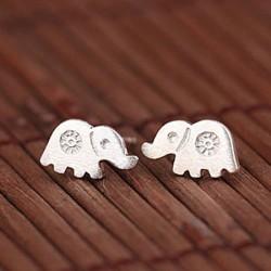 Charmant l'éléphant Anti-allergies goujons Argent Femelle l'éléphant Boucle d'oreille