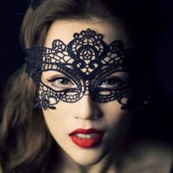 Sexy reine partie creuse masque pour les yeux princesse dentelle masque discothèque chat lingerie