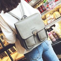 Britannique brillant carré PU serrure métallique Match Flap deux poches à l'extérieur du sac à dos étudiant