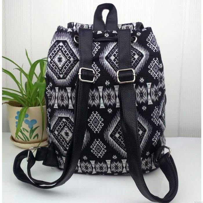 Mode géométrique dégradé Style folklorique imprimé sac à dos de loisirs Cartable