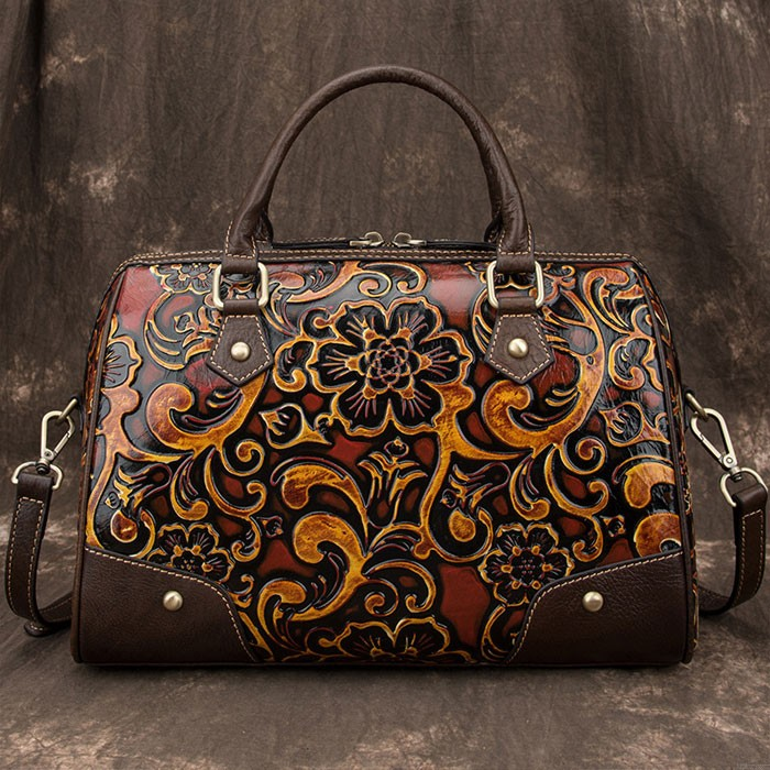 Rétro gaufrage voyage rivet sac à main à la main gaufrage lisse fleur grand oreiller style sac à bandoulière