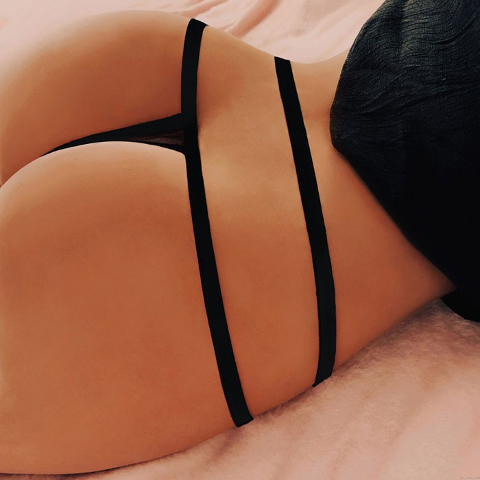 Sexy Point de vue de la culotte croisée en maille noire porno Sous-vêtements Lingerie fille