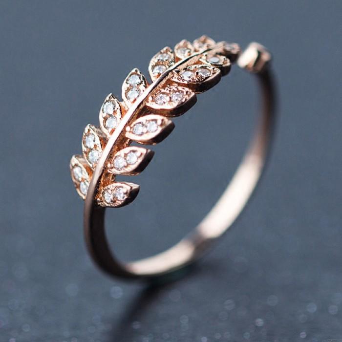 Bague ouverte plume pure en argent avec bordures de diamant