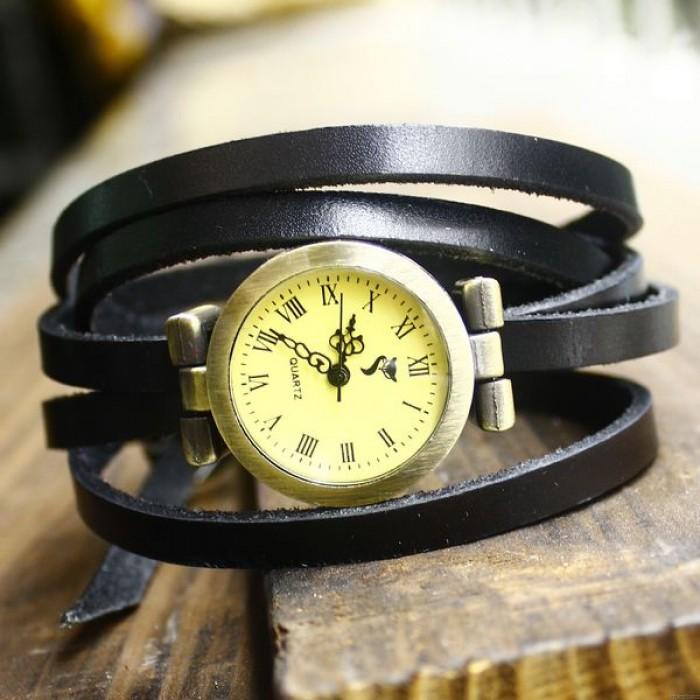 Montre rétro en cuir de style vintage à 5 cercles