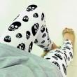 Pantalones elásticos con estampado de calavera de labios únicos / Leggings