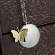 Collar pendiente de la mariposa de la vendimia / joyería de plata