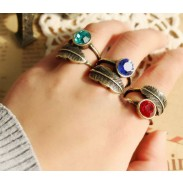 Vendimia Hojas Diamante de imitación anillo
