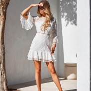 Vestido de verano de encaje con cuello redondo y manga larga con cuello redondo y manga larga dulce
