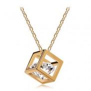 Collar chapado en oro de cristal de circón cuadrado