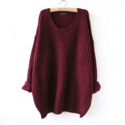 Suéter de lana suelta larga abotonada cuello redondo