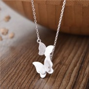 Dulce doble mariposa amante de la plata regalo mujeres collar