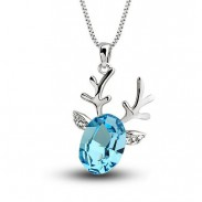 Collar lindo colgante de ciervo afortunado de cristal