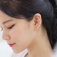 Lindo oro mariposa Rhinestone Ear Cuff Stud Girl Earring Clips