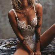 Encaje blanco sexy ropa interior unida malla ropa interior íntima de las mujeres