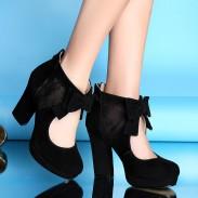 Tacones altos / botas huecas de cuero de malla sexy