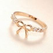 Encantador Linda Diamante de imitación Arco anillo