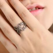 Bonita Trébol Planta Patrón Diamante de imitación anillo