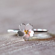 Fresco Plata Cereza flores Amarillo Estambre Ajustable Flor Apertura anillo