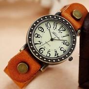 Reloj de cuero retro estilo punk vintage