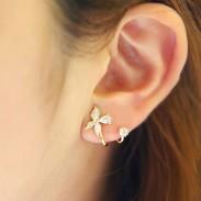 Pendientes de plata de la flor de la mariposa del diamante de la espárrago fresco Studs