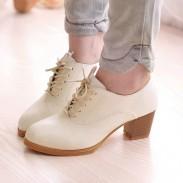 Zapatos de mujer de estilo romano con cordones de tacón grueso