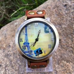 Reloj retro de cuero original de la torre eiffel