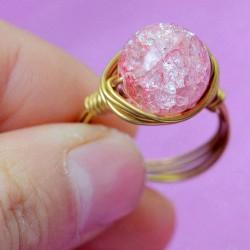 Natural Gelatina Rosa Cristal Bola Mano Devanado Latón anillos