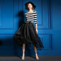 Vestido de gasa de costura de rayas negro y blanco de moda