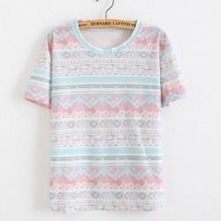 Camiseta con estampado de flores de algodón y copos de nieve en folclore