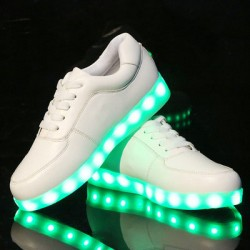 Moda LED luz dentro de zapatos Luminous USB carga colorido Casual Sneakers