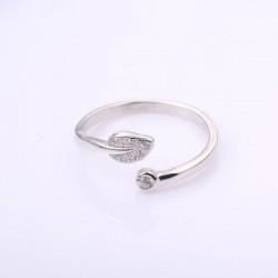 Lindo anillo de plumas de cristal Pluma de plata Regalo único Anillo abierto