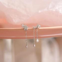 Pendientes de plata con borla de asimetría de cristal de luna brillante única para niñas