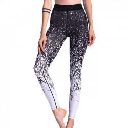 Las polainas deportivas de Gigi únicas Jean Irregular cambian gradualmente las líneas que imprimen la pierna flaca de la yoga