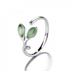 Anillo de hojas jóvenes verdes frescas Anillo abierto de ópalo femenino